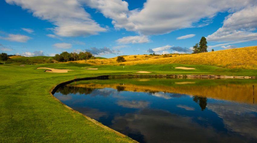 hole 5 at predator ridge golf resort -  predator course