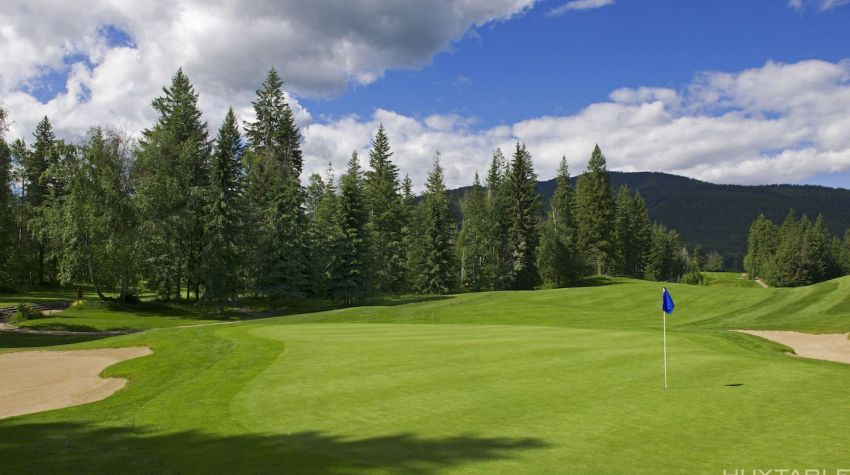 Salmon Arm Golf Club - Hole 13