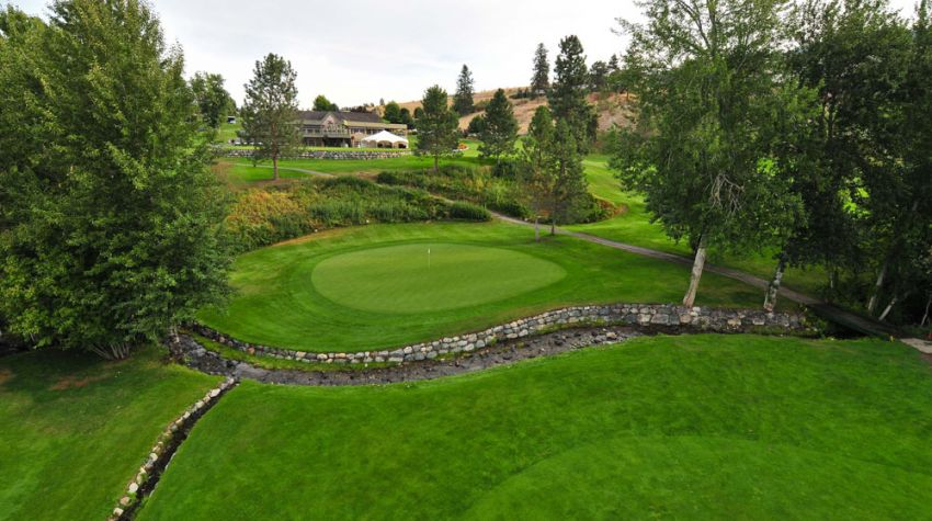 18th hole at Sunset ranch kelowna