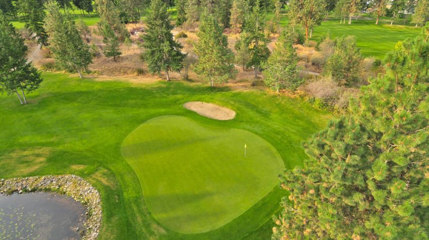 a tester par 3 - hole 17 at Sunset Ranch Golf BC