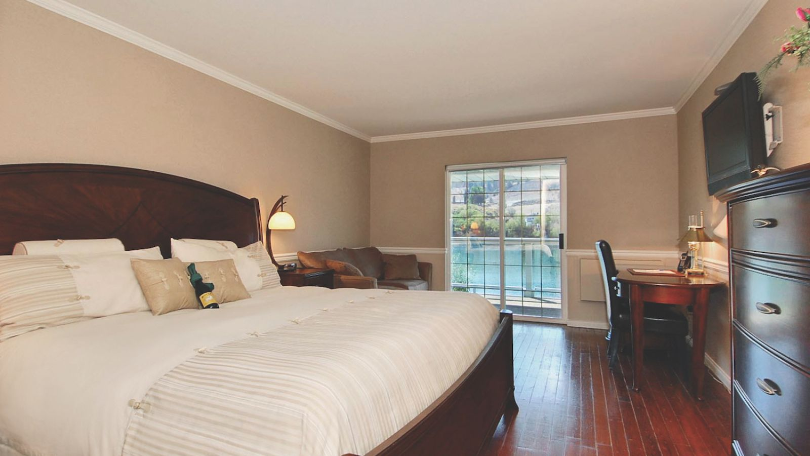 South Thompson Inn and Conference Centre - Kamloops golf packages