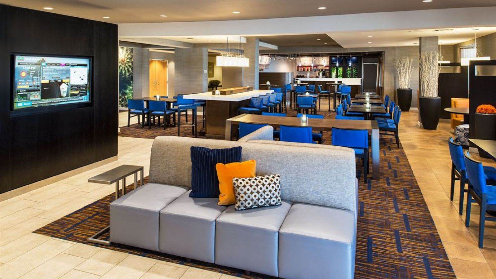 Courtyard by Marriott Palm Desert - Palm Springs golf packages