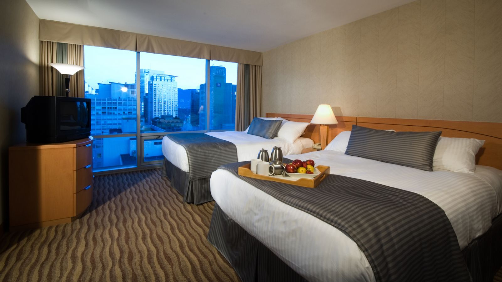 Delta Vancouver Suites - Whistler golf packages