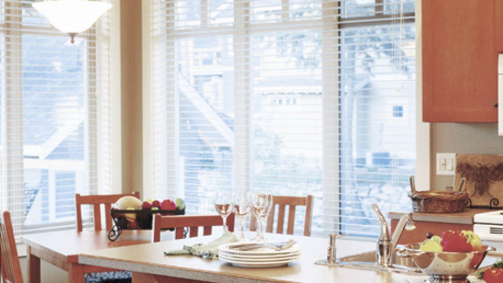 Predator Ridge Resort - cottage kitchen
