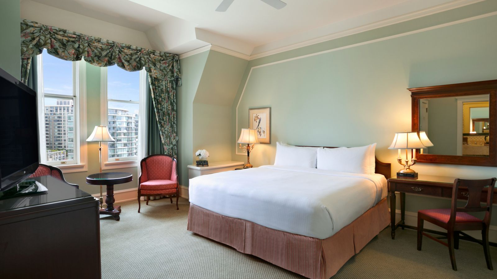The Fairmont Empress - Vancouver Island golf packages