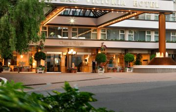 Chateau Victoria Hotel and Suites