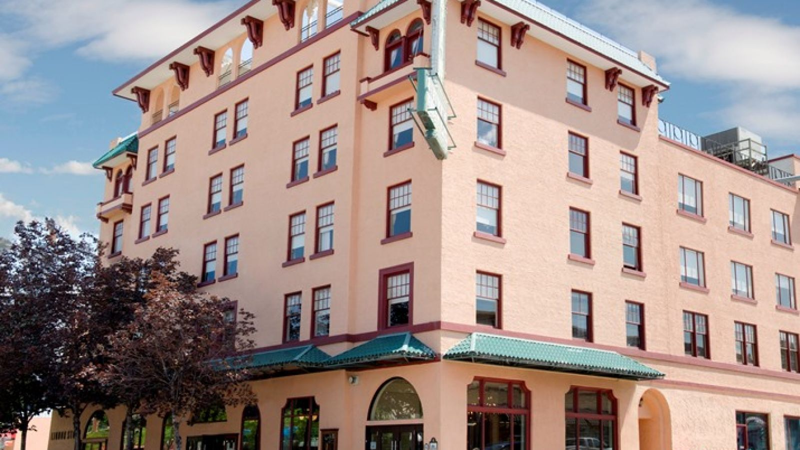 Front View of the Plaza Hotel Kamloops