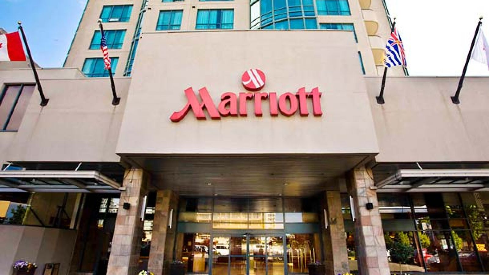 Vancouver Airport Marriott Hotel - Front View