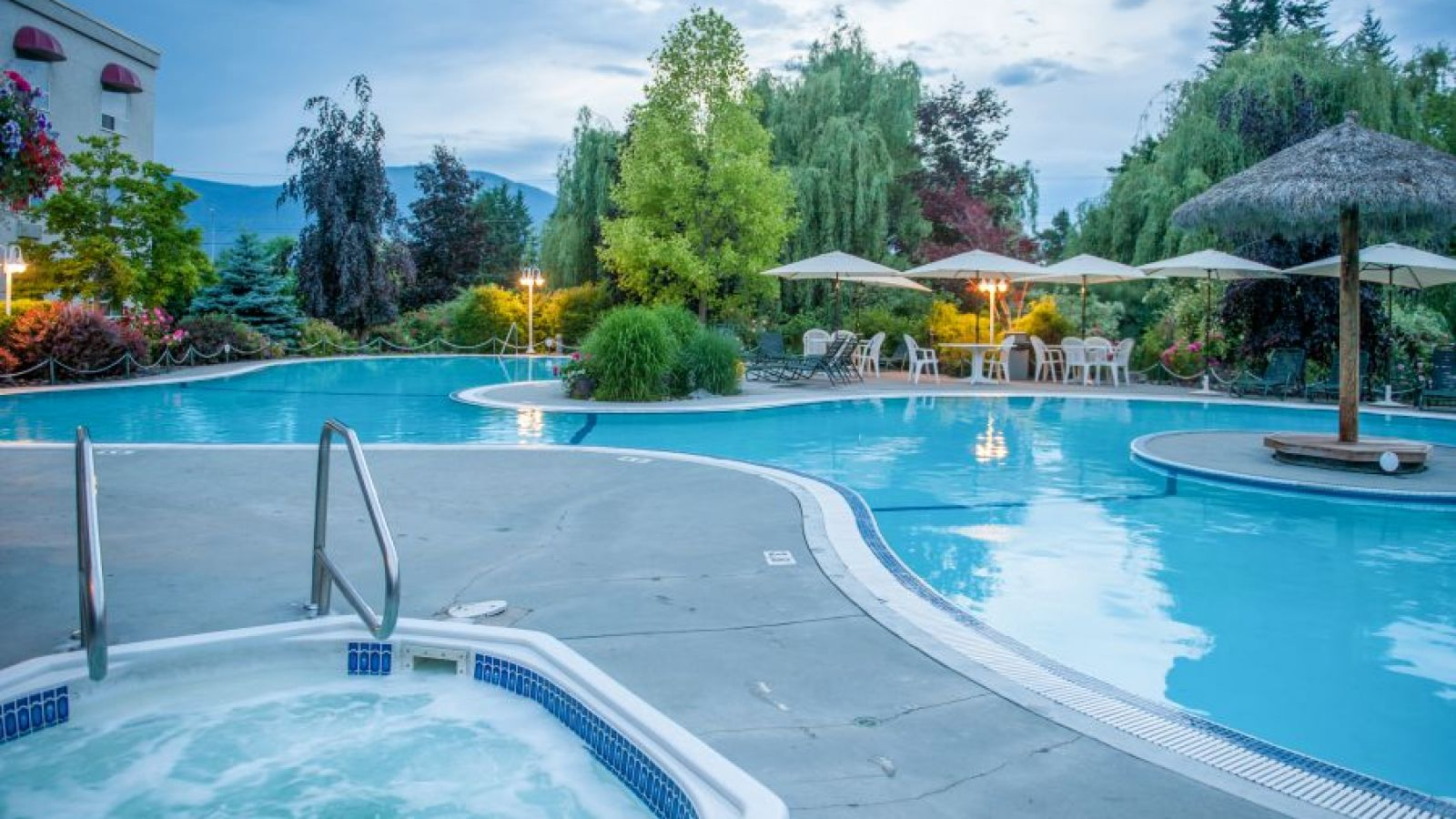 Outdoor Pool Oasis at the Hilltop Inn Salmon Arm