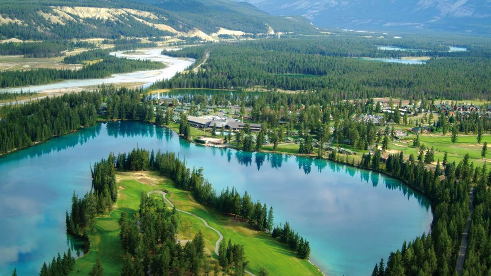 Fairmont Jasper Park Lodge - Alberta golf packages