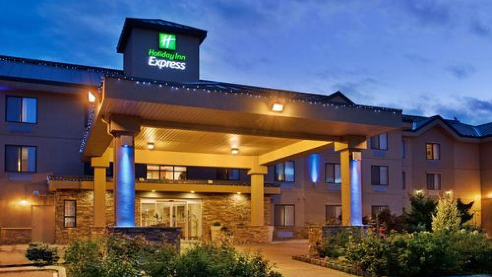 Holiday Inn Express Vernon