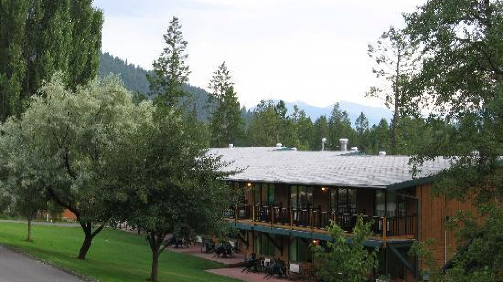 Fairmont Hot Springs Resort - Columbia Valley golf packages