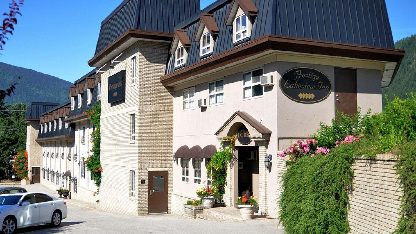 Prestige Inn Nelson - Kootenay golf packages