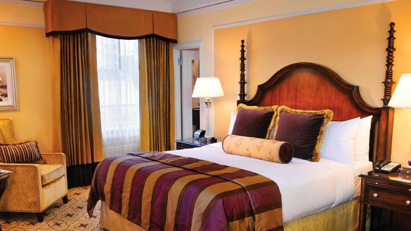 Fairmont Hotel Vancouver - guest room