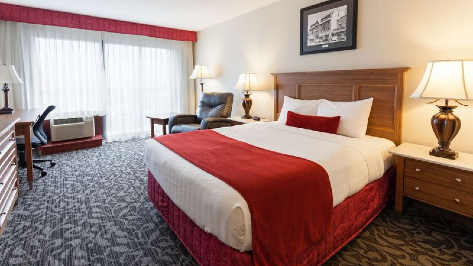 Royal Anne Hotel Kelowna - king room