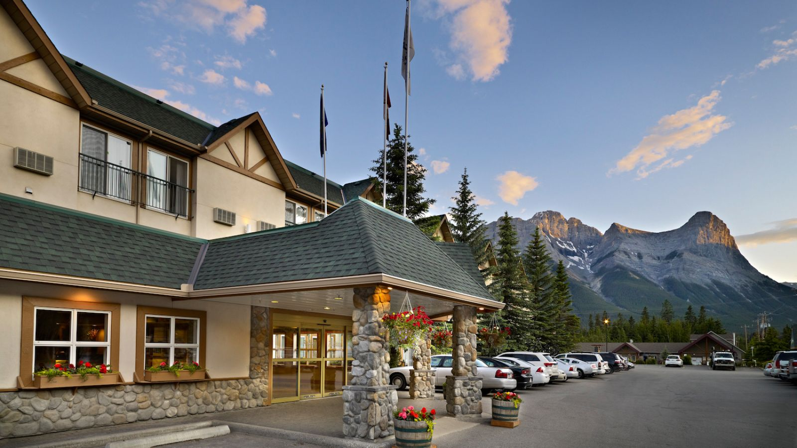 Coast Canmore Hotel and Conference Centre