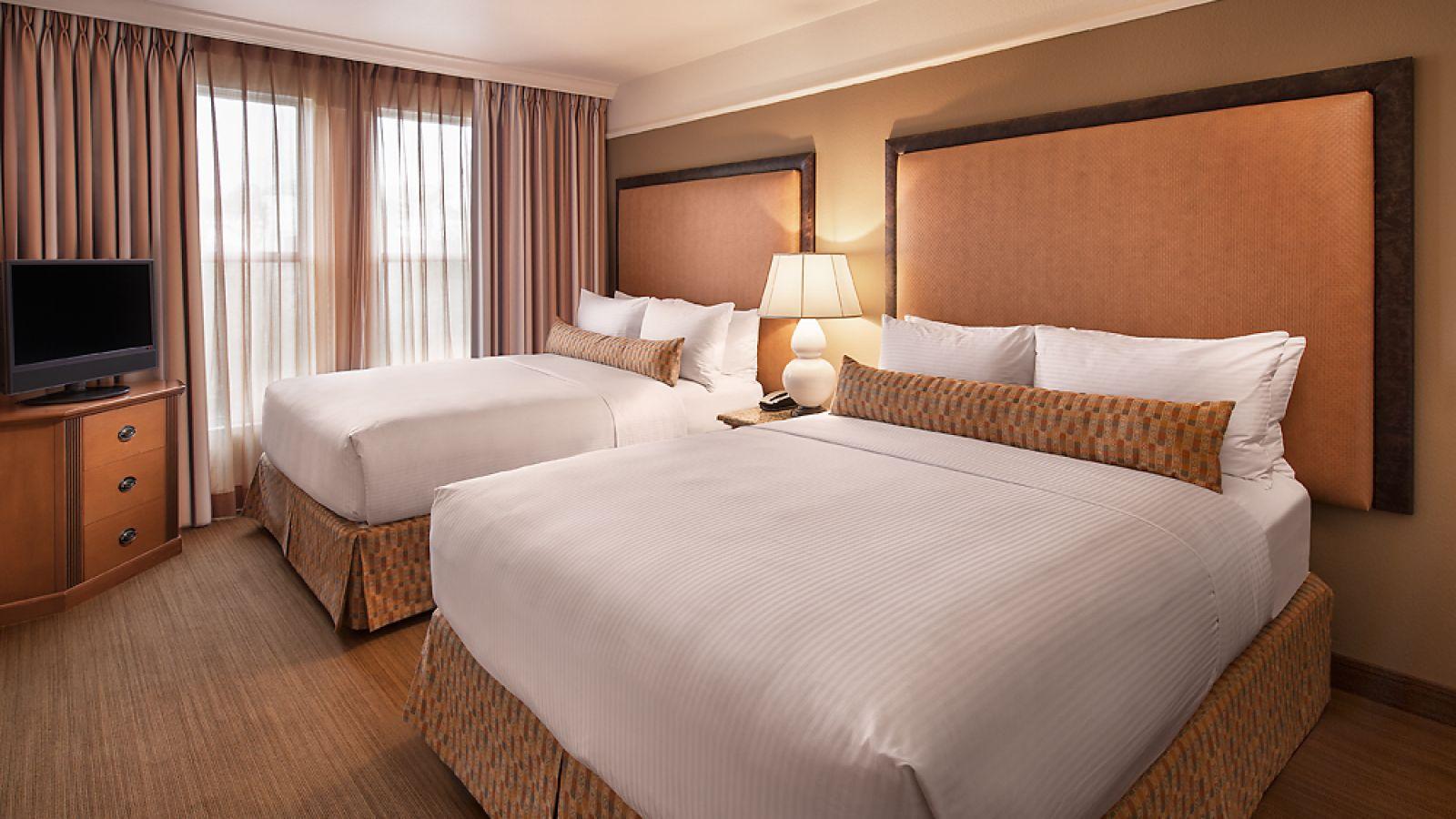 Gainey Suites Hotel - Double Queen Guest Room