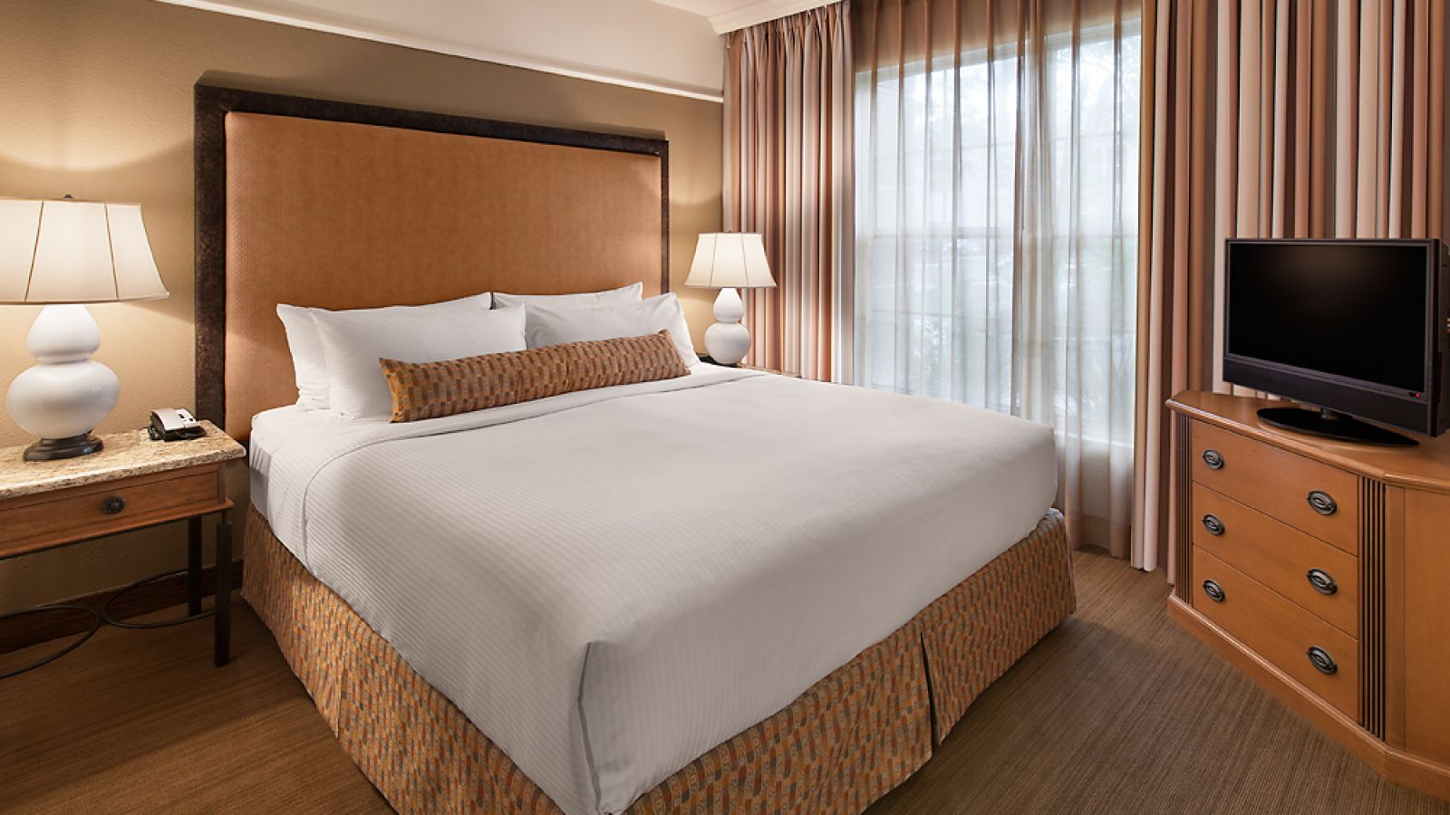 Gainey Suites Hotel - King Guest Room