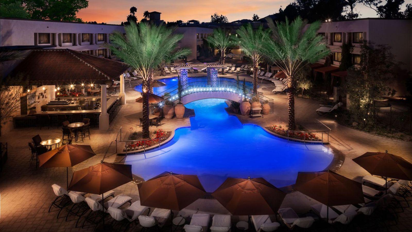Scottsdale Resort at McCormick Ranch - Pool View