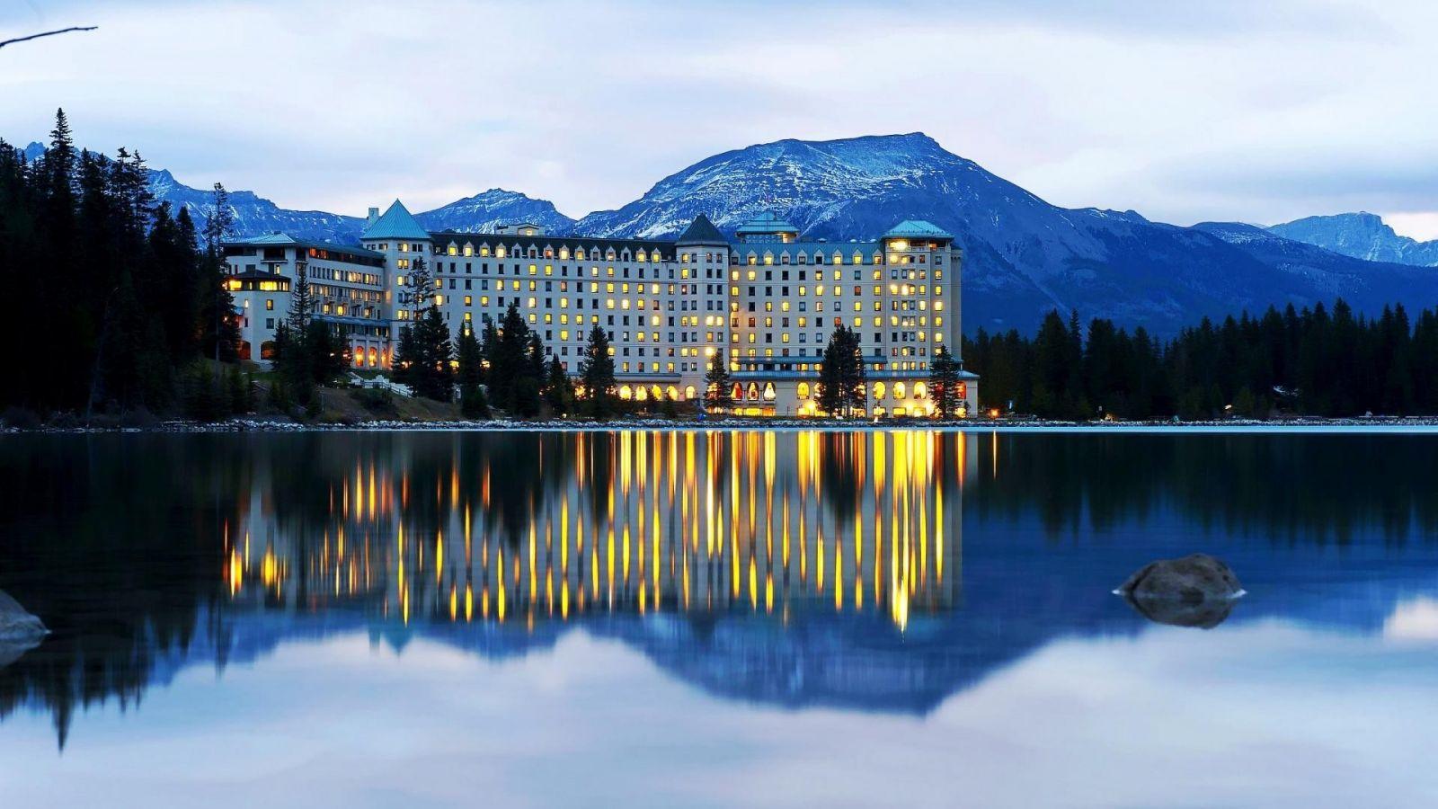 Fairmont Chateau Lake Louise