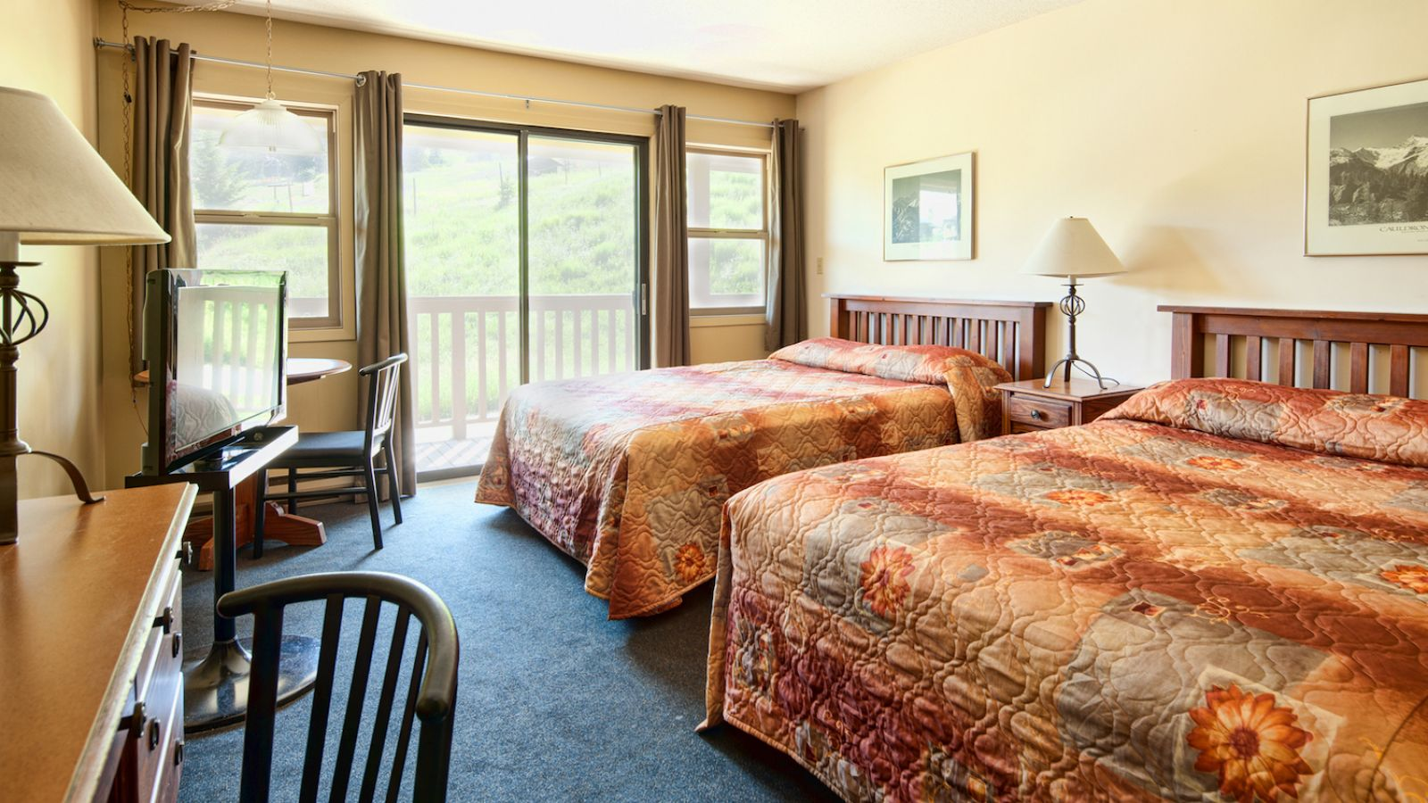 Pine Inn at Panorama Mountain Village - Columbia Valley golf packages