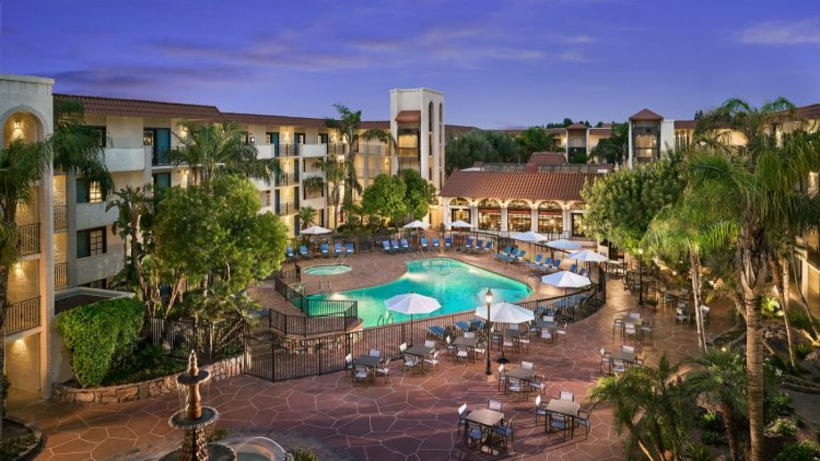 Embassy Suites by Hilton Scottsdale