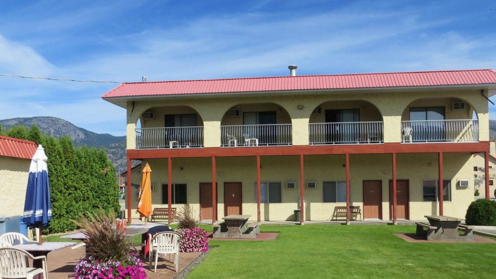 Osoyoos Westridge Motor Inn Golf Stay and Play