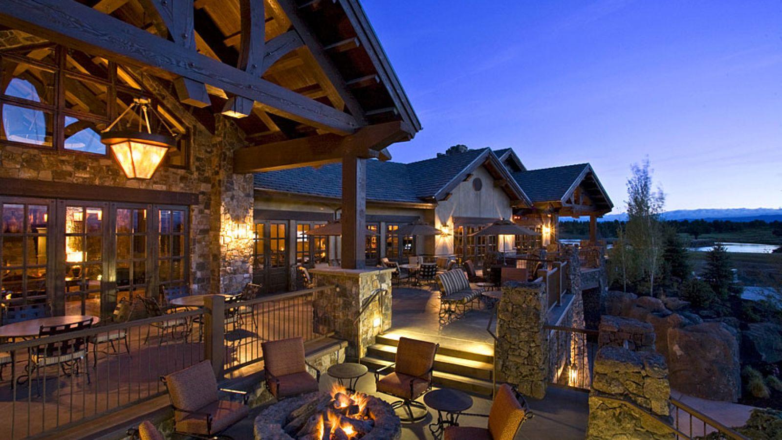 Pronghorn Resort
