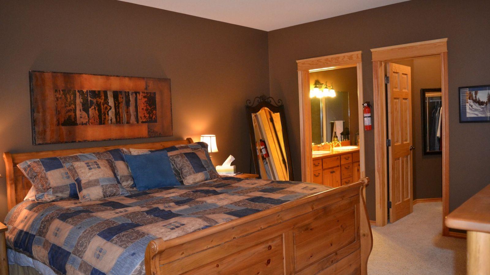 Kimberley 6 bedroom Stemwinder Chalet