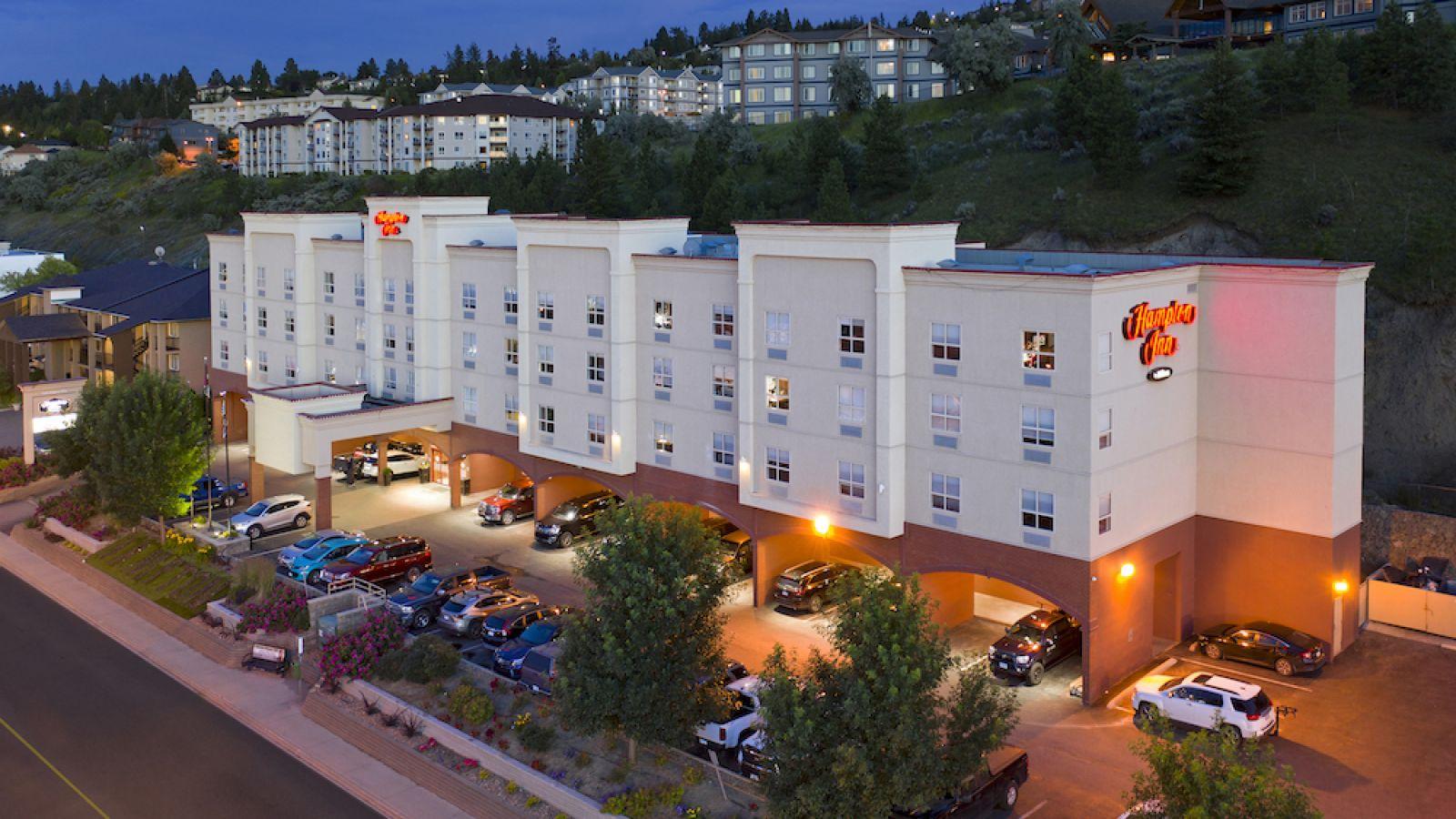Hampton Inn Kamloops - exterior photo