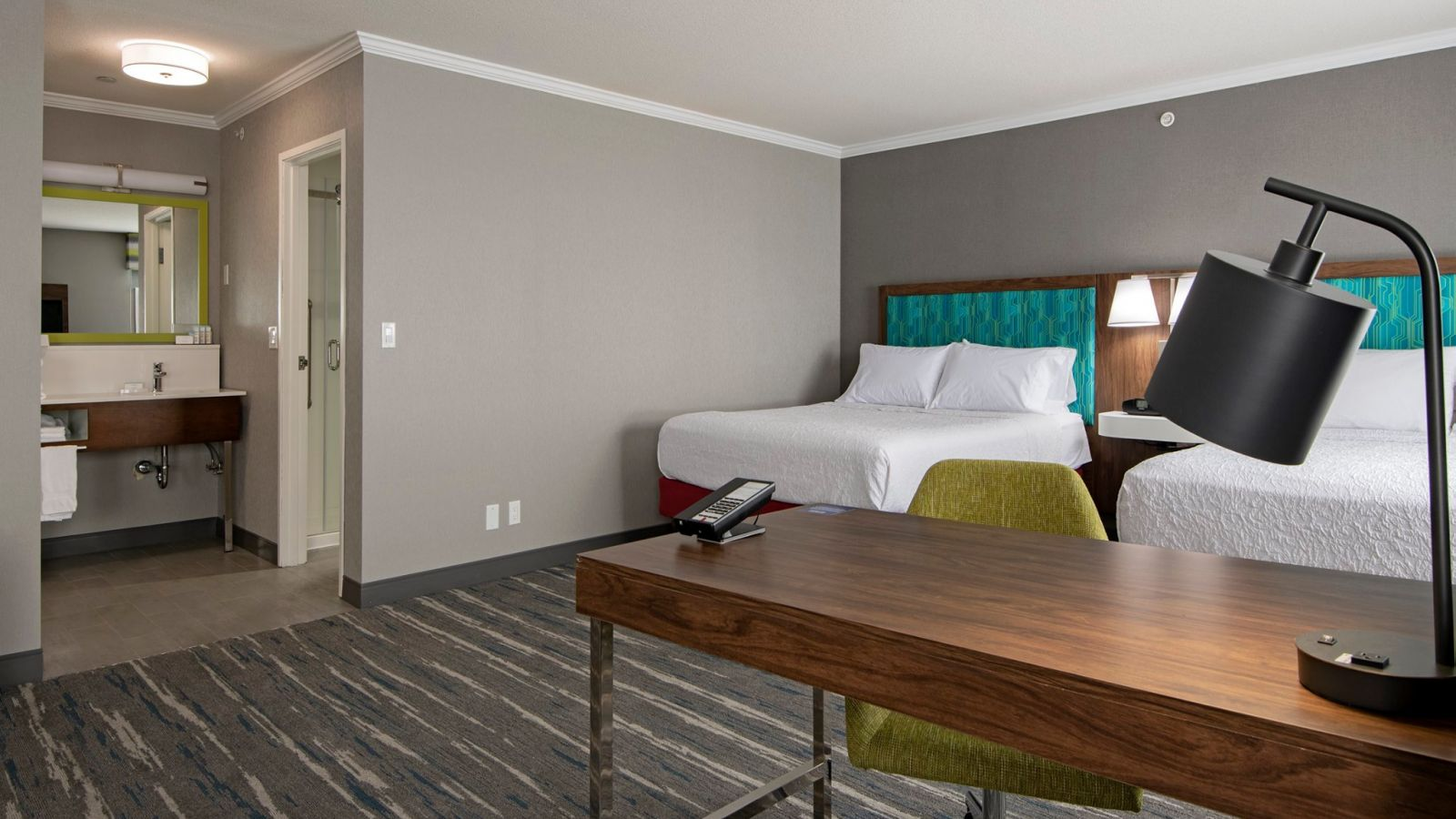 Hampton Inn Kamloops - mini suite - renovated