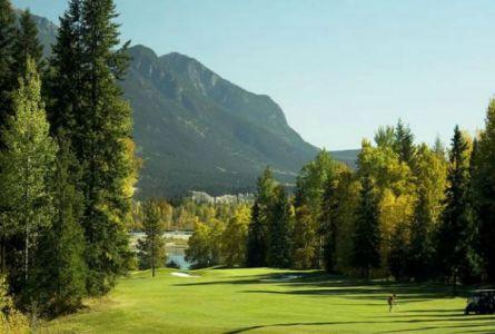 Prestige Inn Golden BC Golf Package