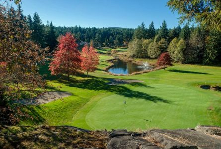 Mid-Vancouver Island 3 night 3 round weekend package