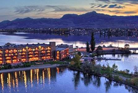 Osoyoos Holiday Inn & Suites Golf Package