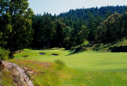 Chateau Victoria Golf Package