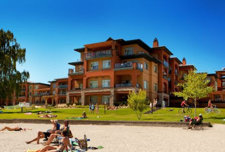 Osoyoos Couples Golf Package at Watermark Beach Resort