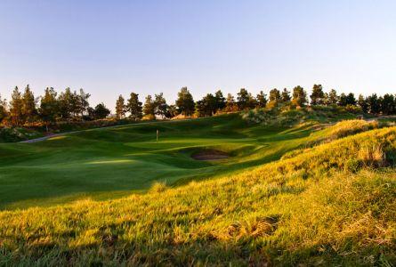 MGM Grand Las Vegas golf 3 night, 3 round weekend package