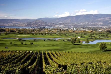 Manteo Resort - Waterfront Hotel & Villas - Kelowna Golf Package