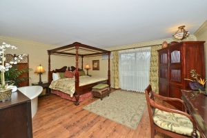 Prestige Beach House Kelowna - Kelowna golf packages