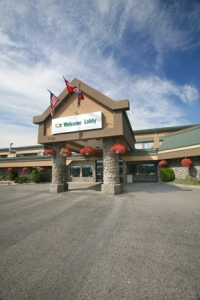 Sandman Hotel and Suites Kelowna - Kelowna golf packages
