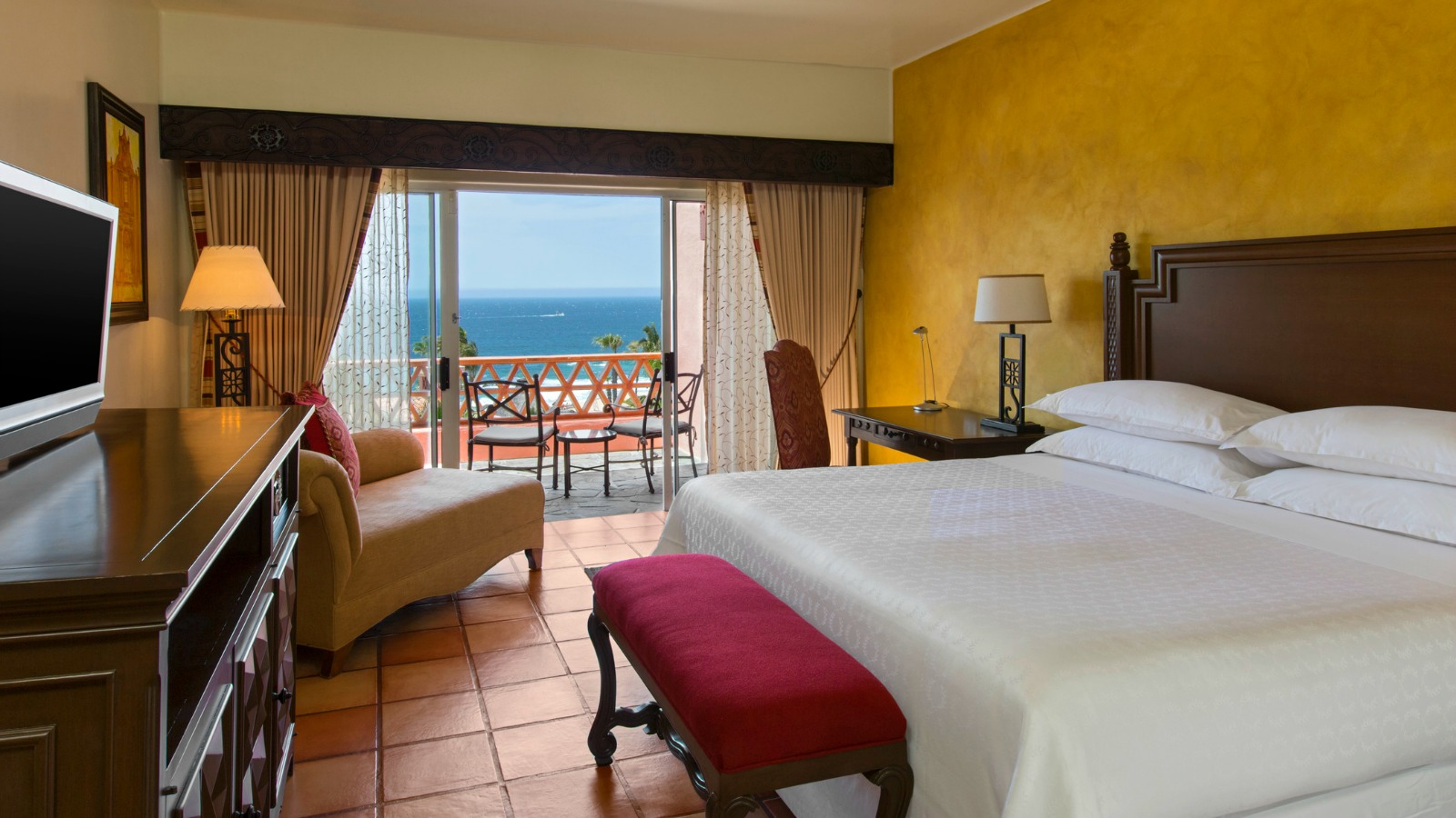 Deluxe room ( Ocean view or Garden view)