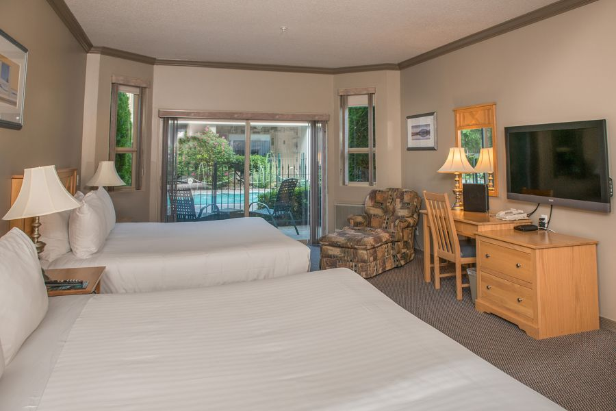 Hilltop Inn Salmon Arm - Queen Executive Room