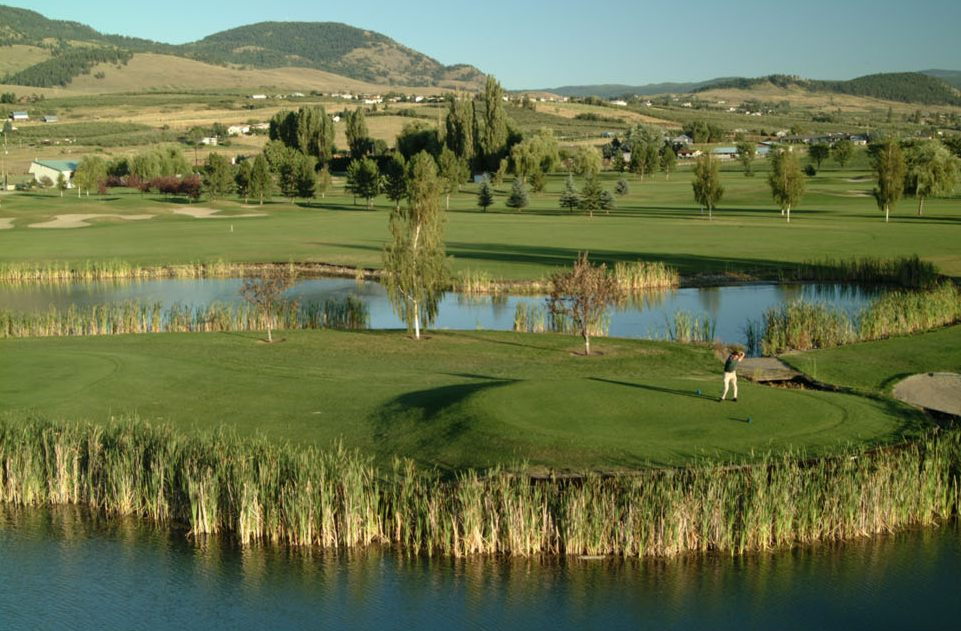 accent inn golf weekend package to kelowna with 2 nights 2 rounds. Black Bedroom Furniture Sets. Home Design Ideas